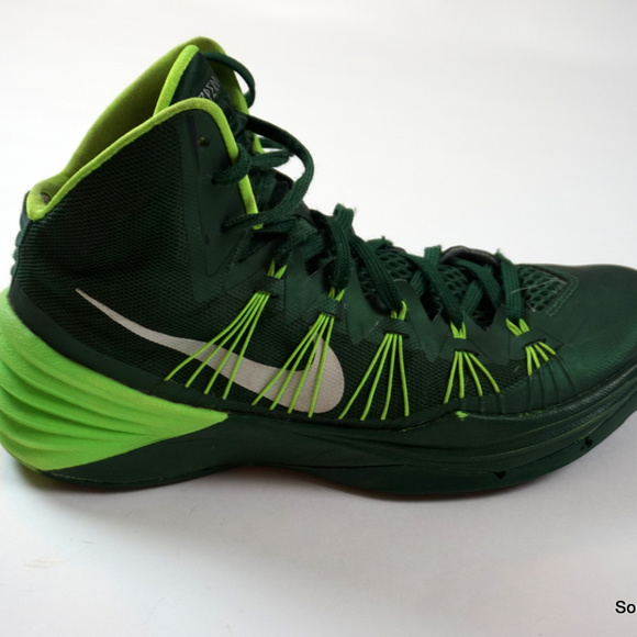 Nike Other - Nike Hyper Dunk Basketball Shoes Green Mens Sz 10